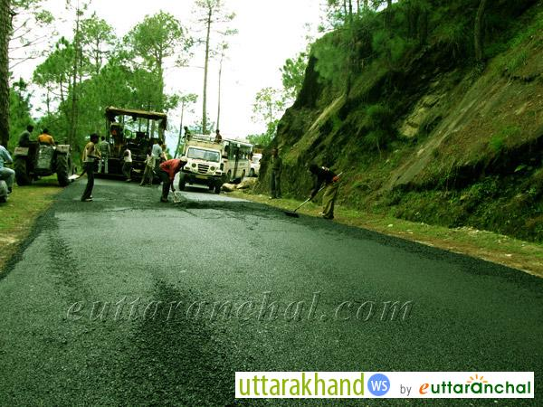 Road repair in Binsar
