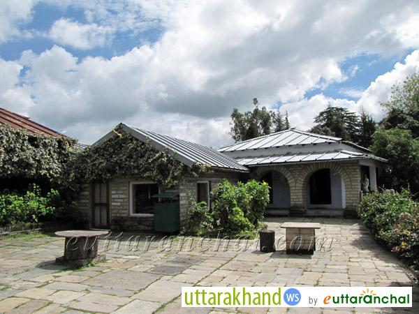 Mountain Resort - Khali Estate in Binsar