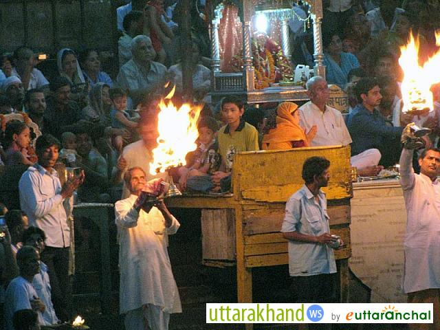 Daily evening Ganga Aarti at Haridwar