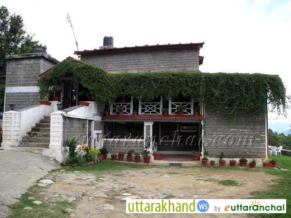Chevrons Mountain Villa in Kausani