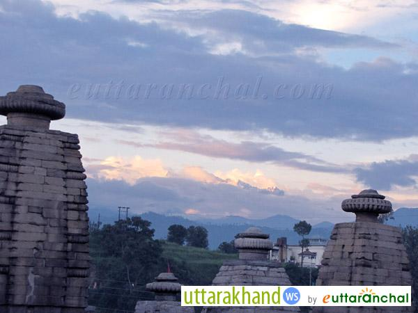 Baijnath Temple with Himalayan Ranges