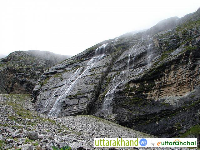 Waterfall near Hemkund Sahib