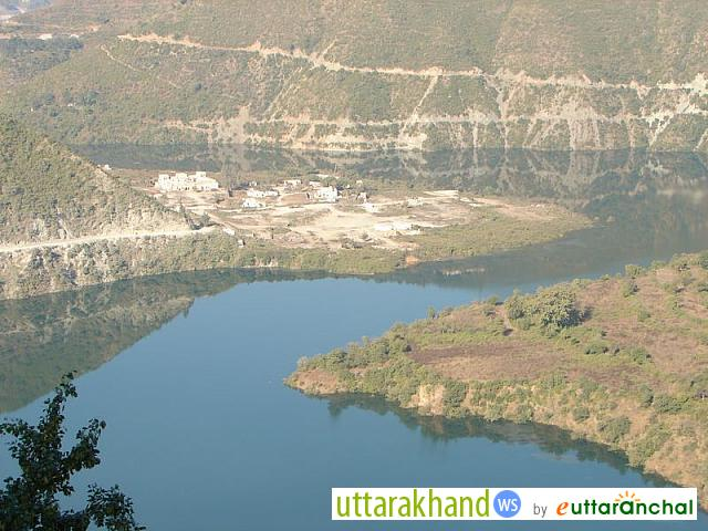 Bhilangana River near Tehri - Dec 05